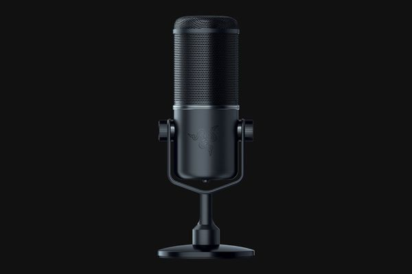 Razer Seiren Elite - dynamic microphone made for professional streaming | Single dynamic capsule for rich quality sound | High-pass filter switch for ultra-clean recordings